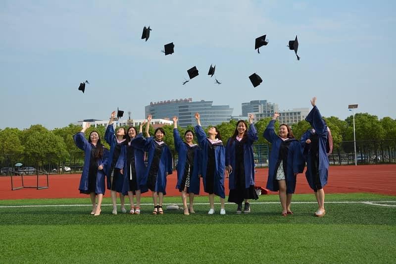海外大学の卒業